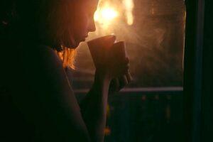 La tristeza su significado, cómo afrontarla y superarla